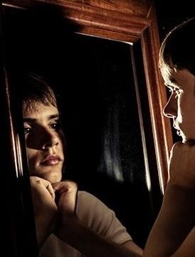 diep in de spiegel kijken